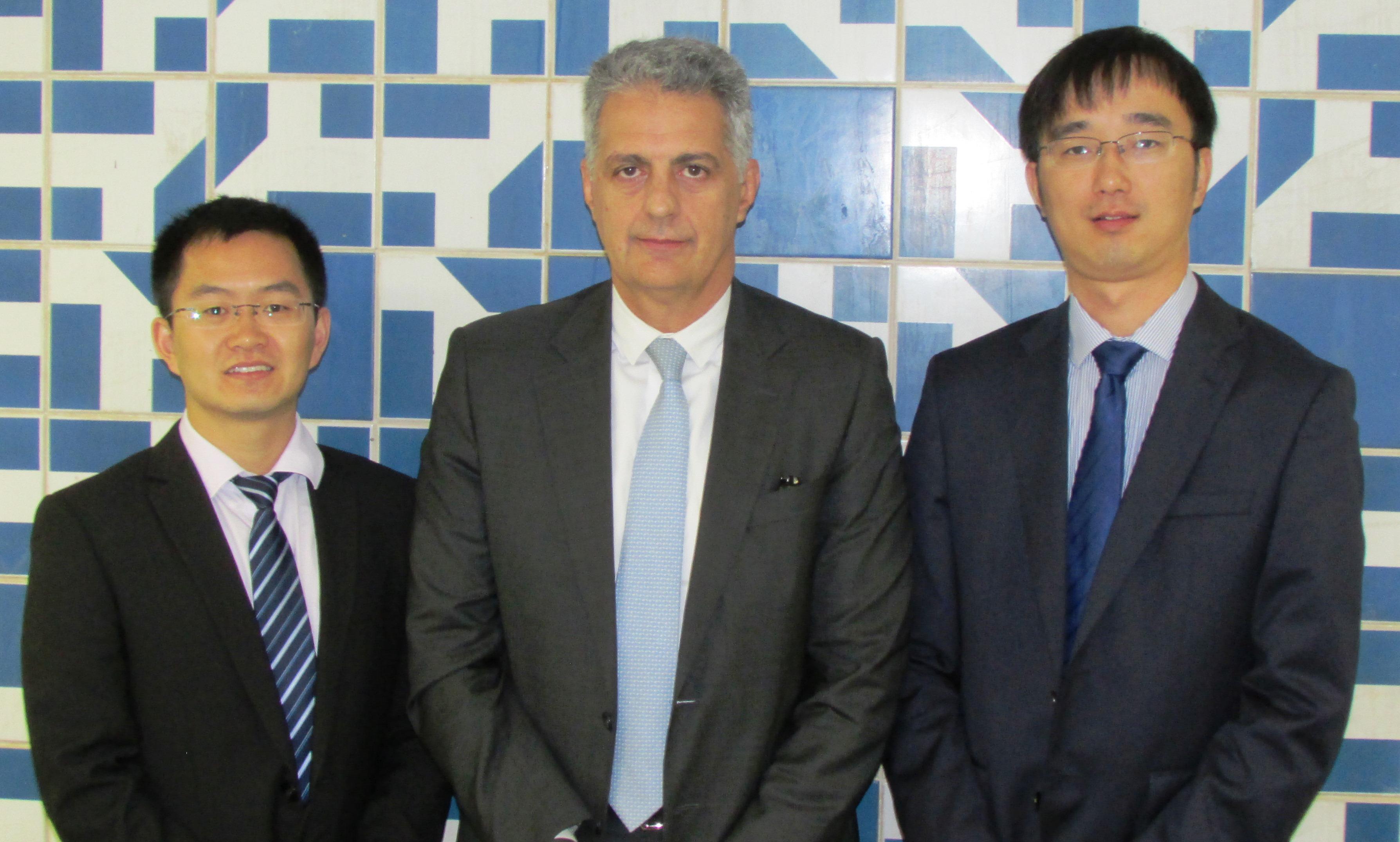 Chineses discutem possibilidades de cooperação com ABGF